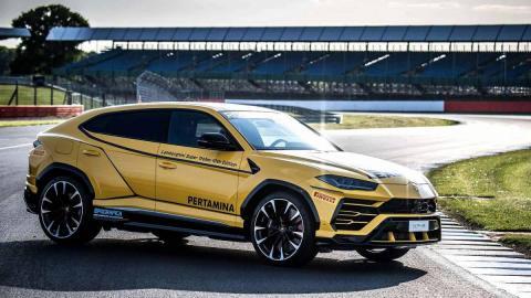 Fotod: Lamborghini Urus juhtauto näeb kena välja